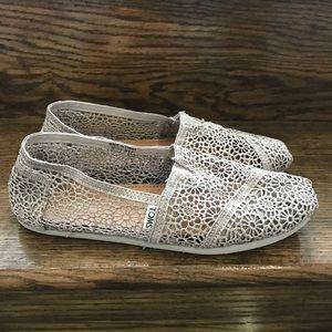 Women's Toms Crochet Lace Slip On Shoes Sz. 9.5